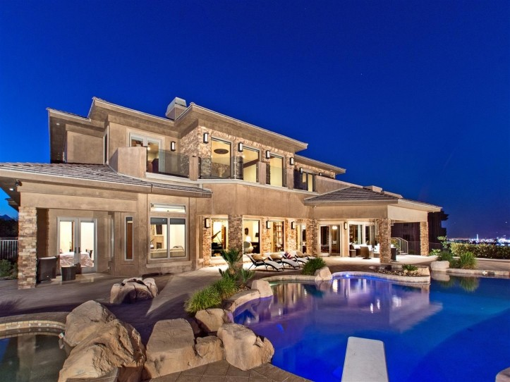 Las Vegas Home Sales Surge Prices Stable