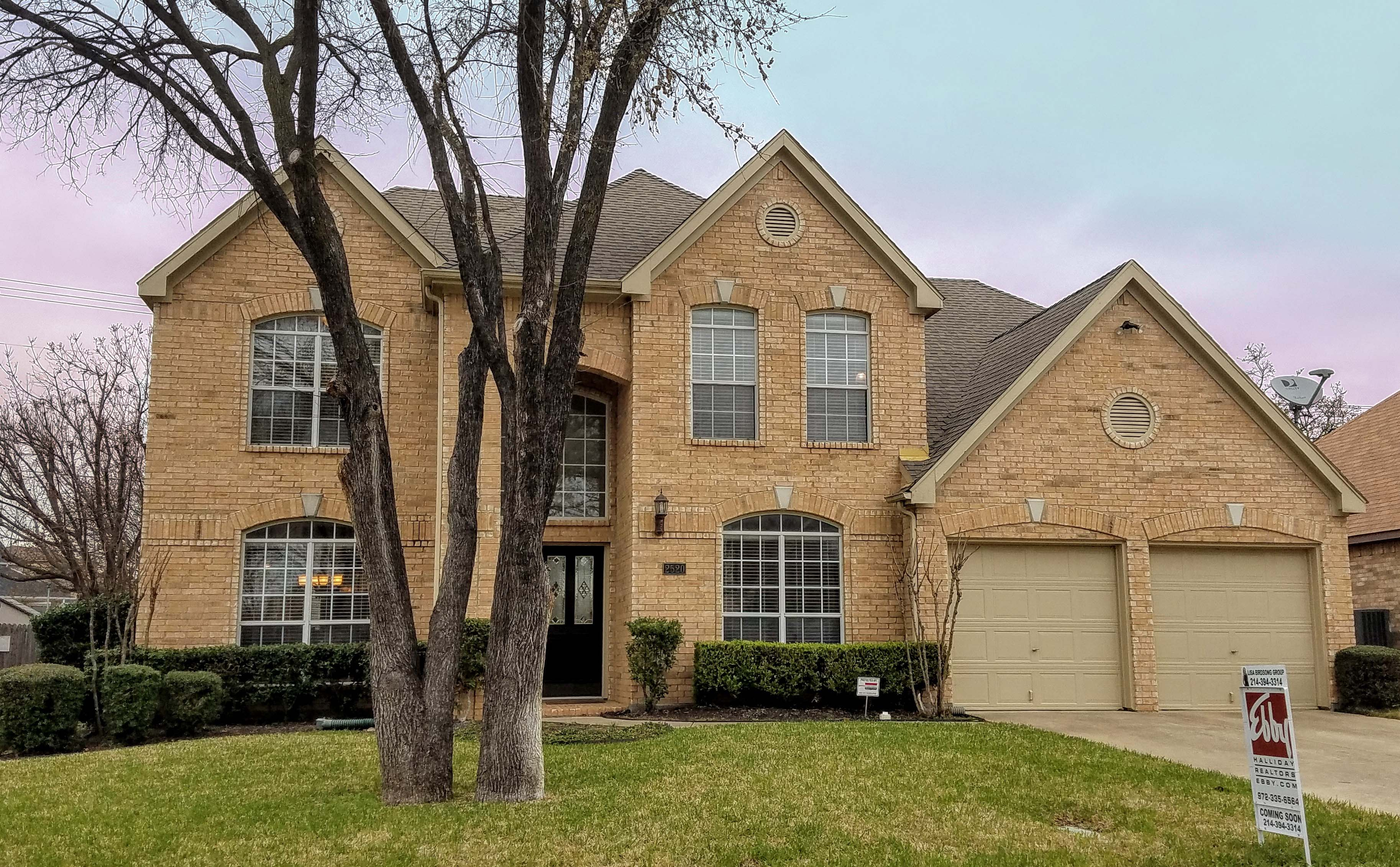 2520 Waltham Dr, <a href='http://www.birdsongrealty.com/index.php?types[]=1&types[]=2&areas[]=city:Grapevine&beds=0&baths=0&min=0&max=100000000&map=0&quick=1&submit=Search' title='Search Properties in Grapevine'>Grapevine</a> - Lisa Birdsong