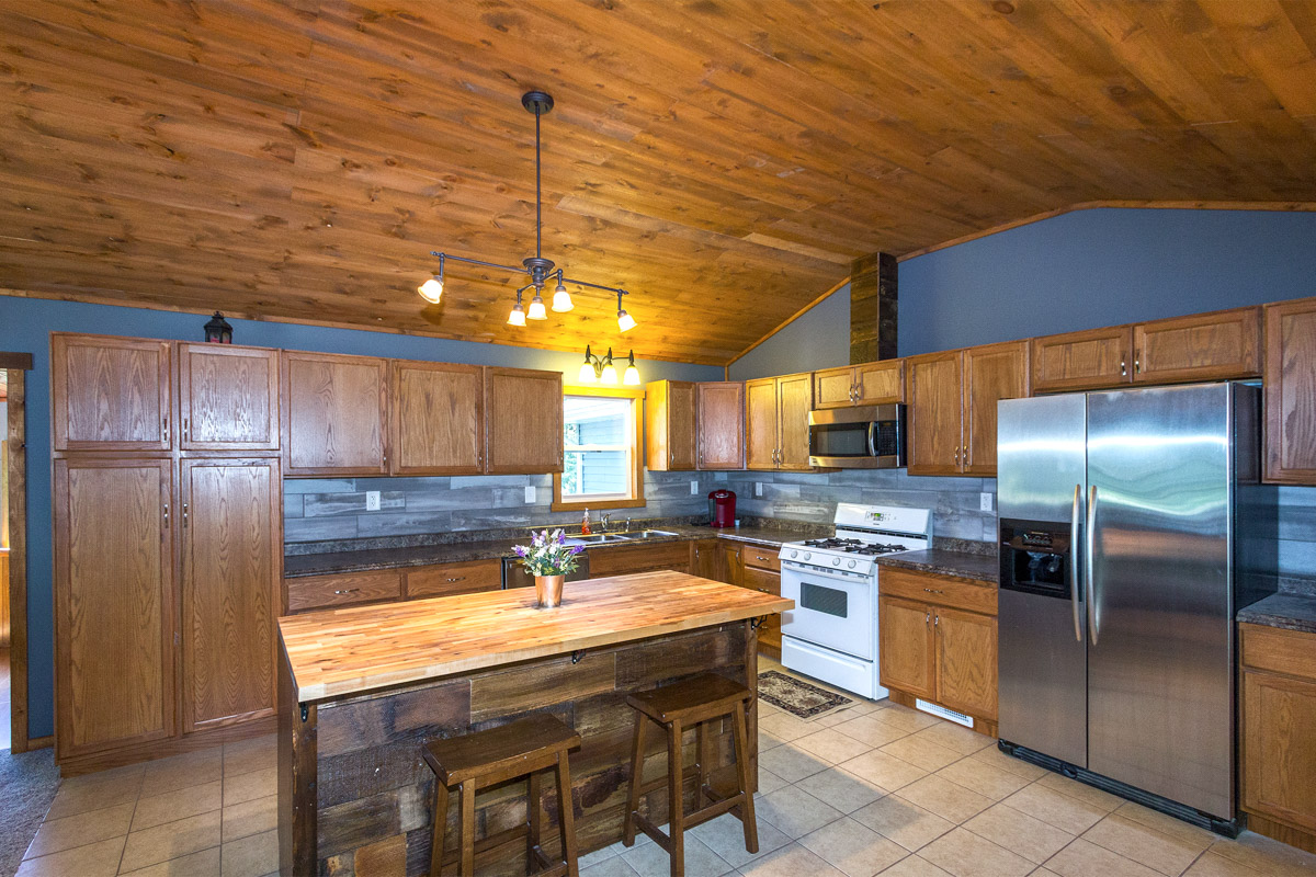 Home for sale 106 Railroad Street, Millville MN