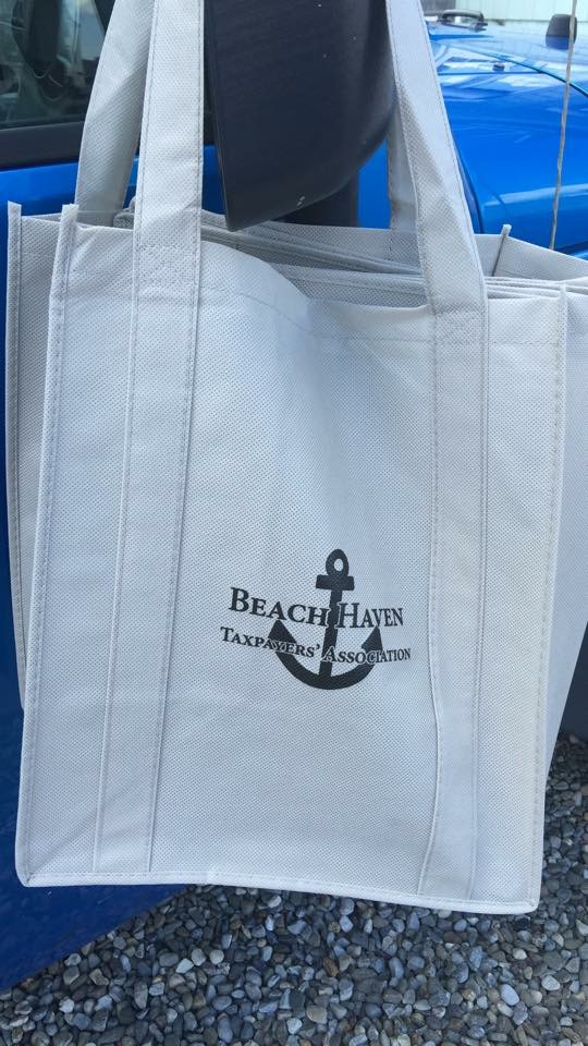 Free reusable bags for Beach Haven residents