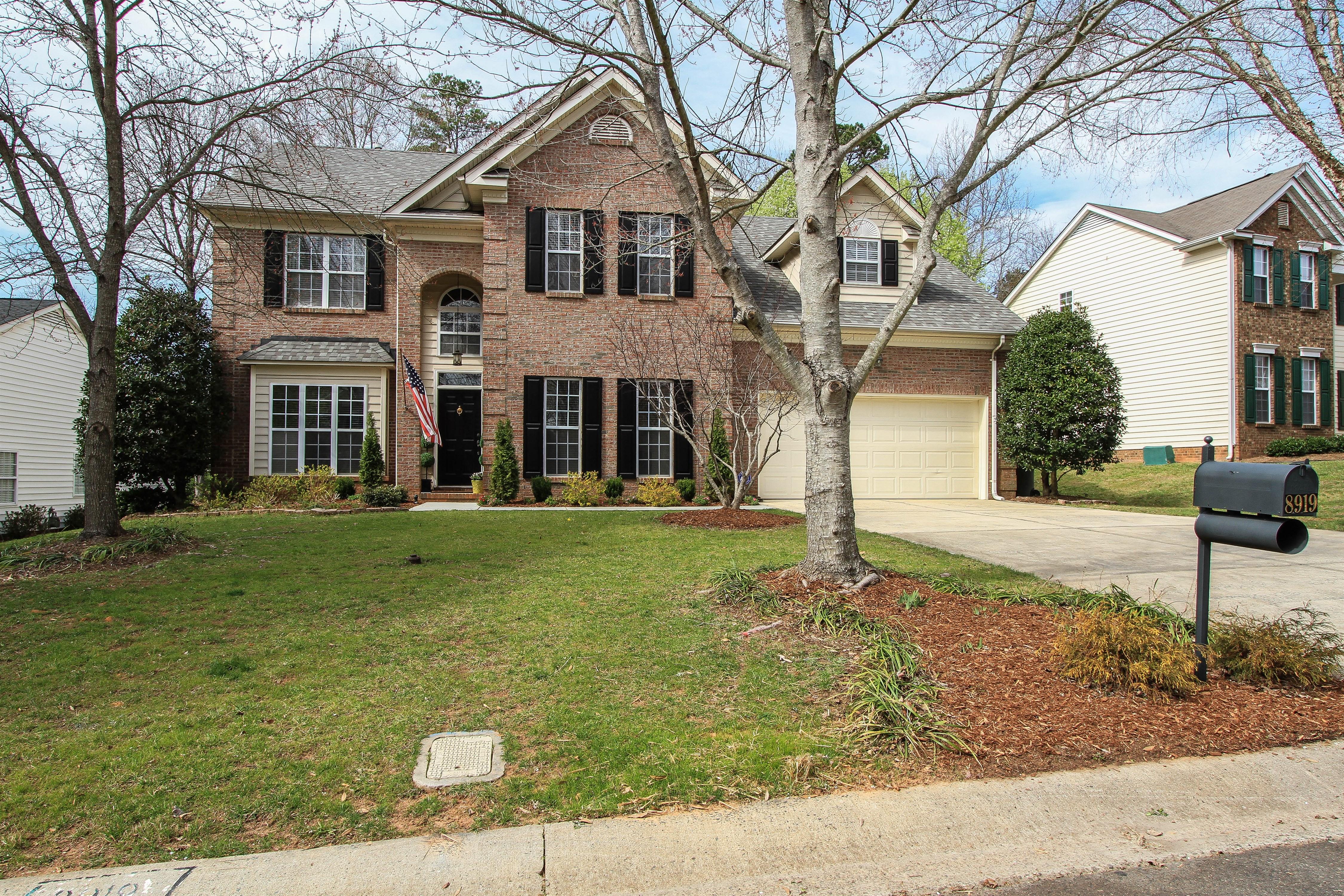 Top Agent McDonald Blakeney home for sale