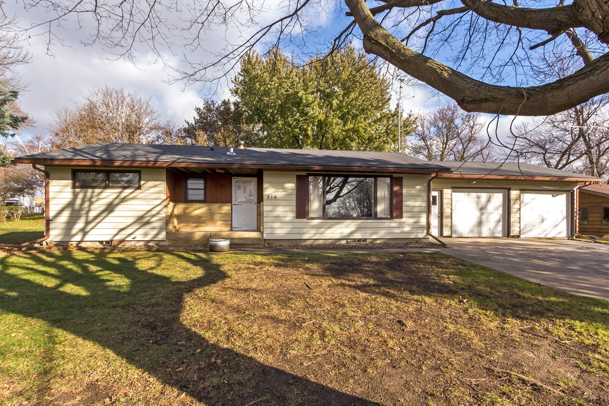 Home for sale 516 2nd Ave NW Bryon, MN