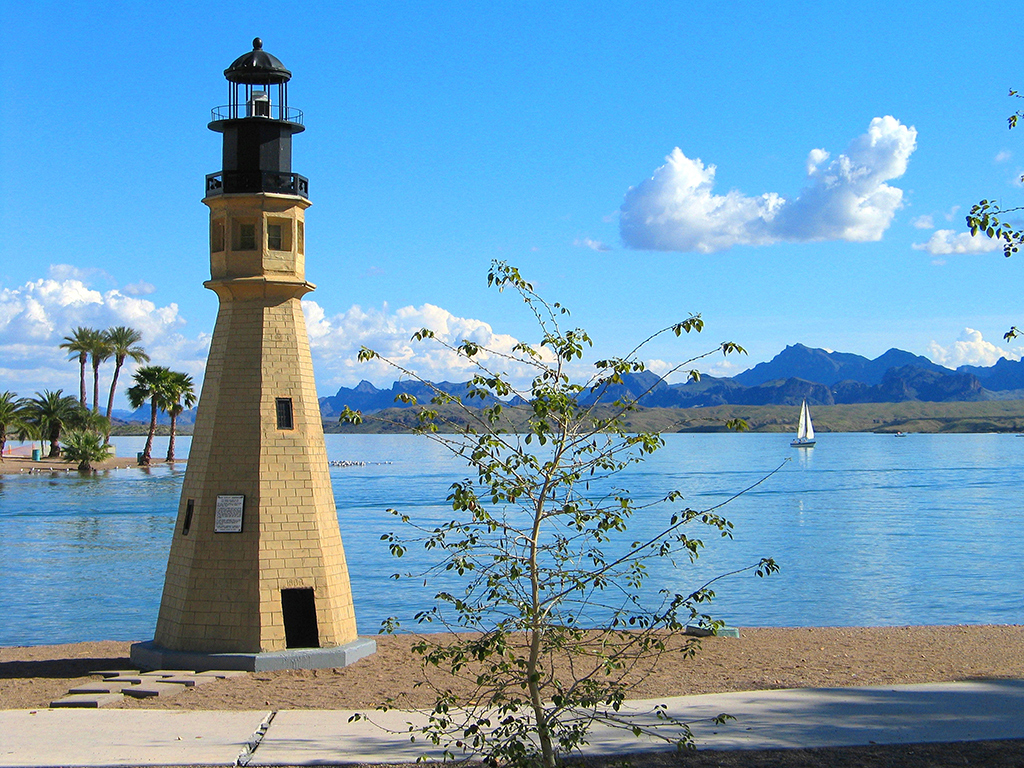 photo courtesy of golakehavasu.com (lighthouses are #7 on the list!)