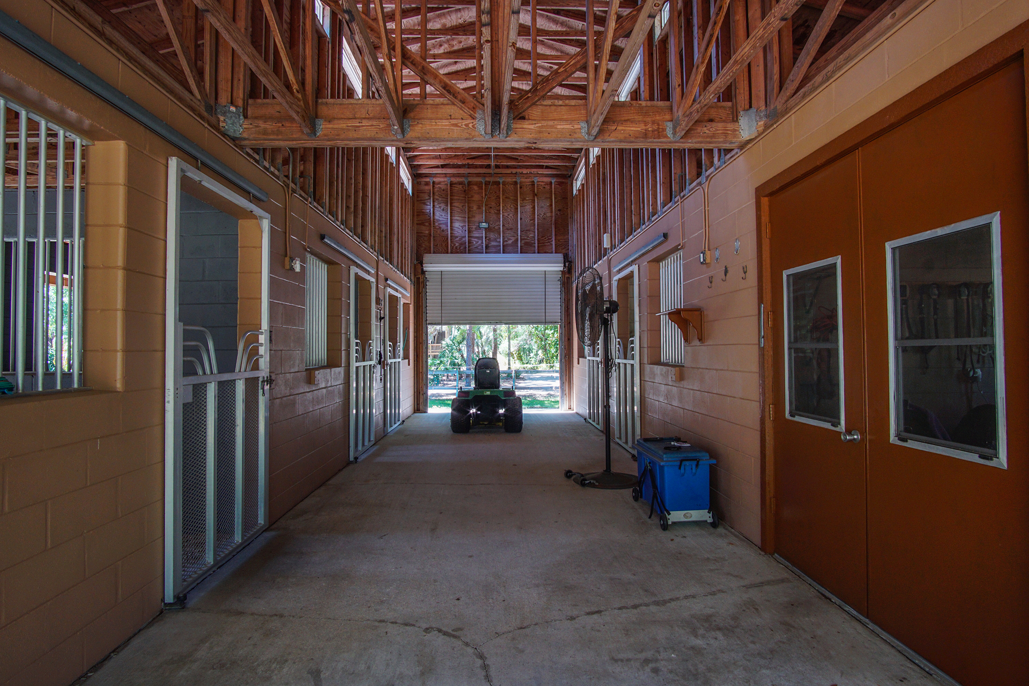 Impeccably Maintained Barn