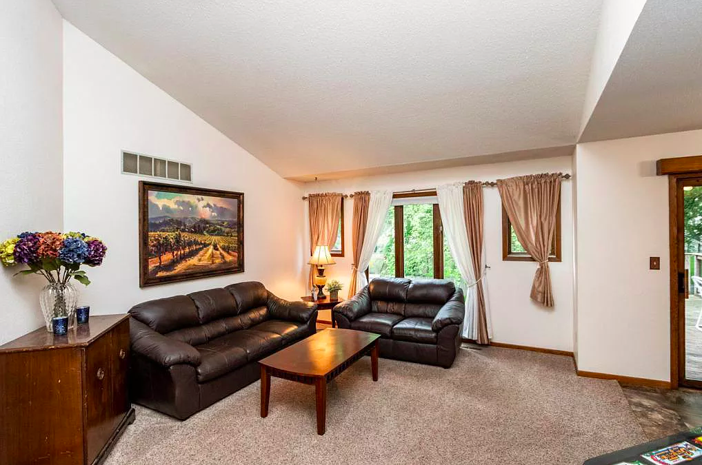 house for sale, country club manor rochester MN